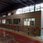 oficinas de produccion en interior de nave industrial