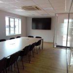 sala reuniones en ampliación de oficinas