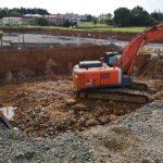 excavadora cubeto hormigón armado Cantabria